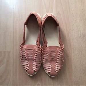 Top shop peach woven flats 🌸